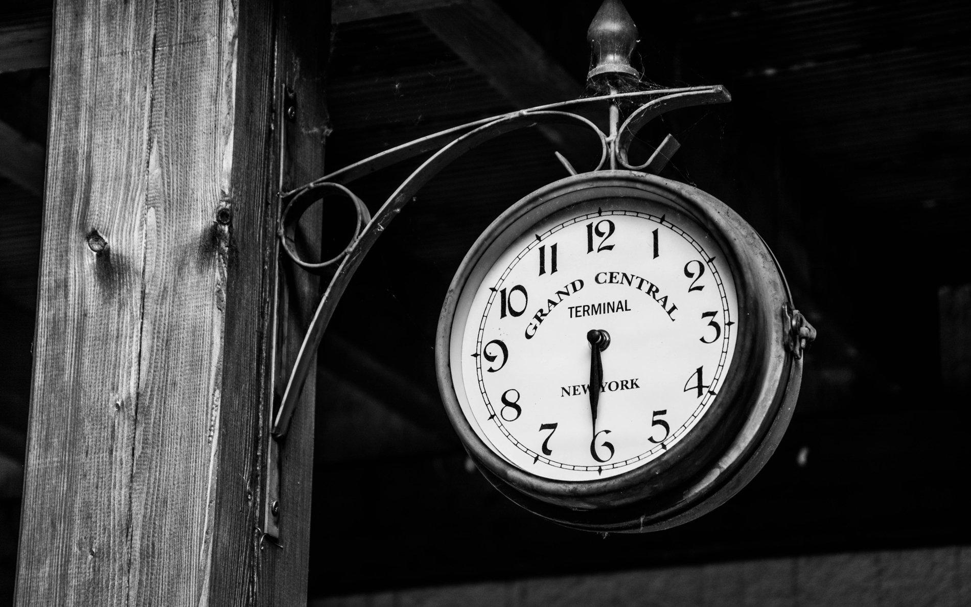 Clock by Bernhard Hanakam